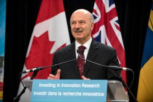 Reza Moridi announcing award to Queen's research